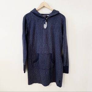 Patagonia hooded dress with front pocket